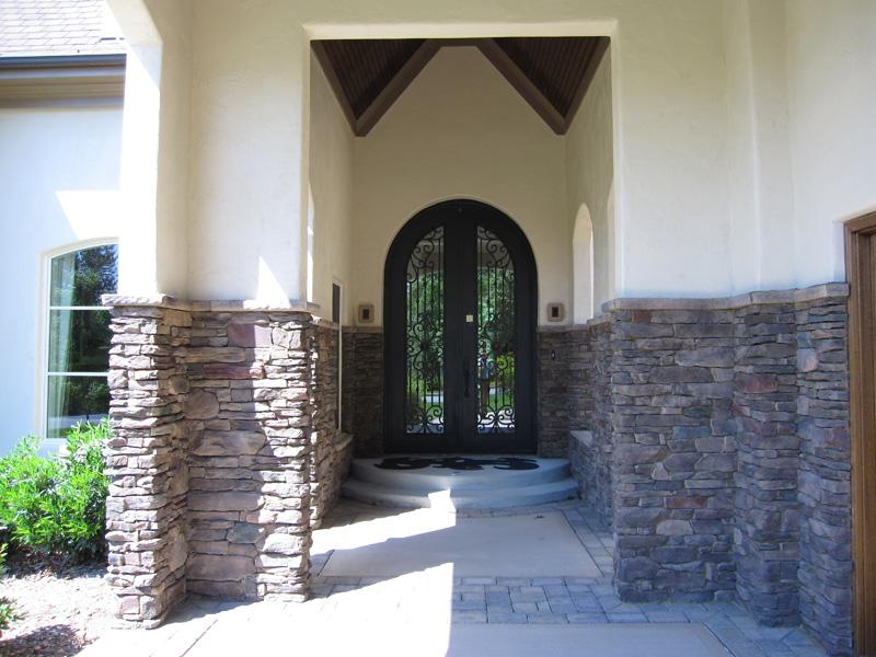 mangum-design-build-concrete-masonry-home-pjl6-18