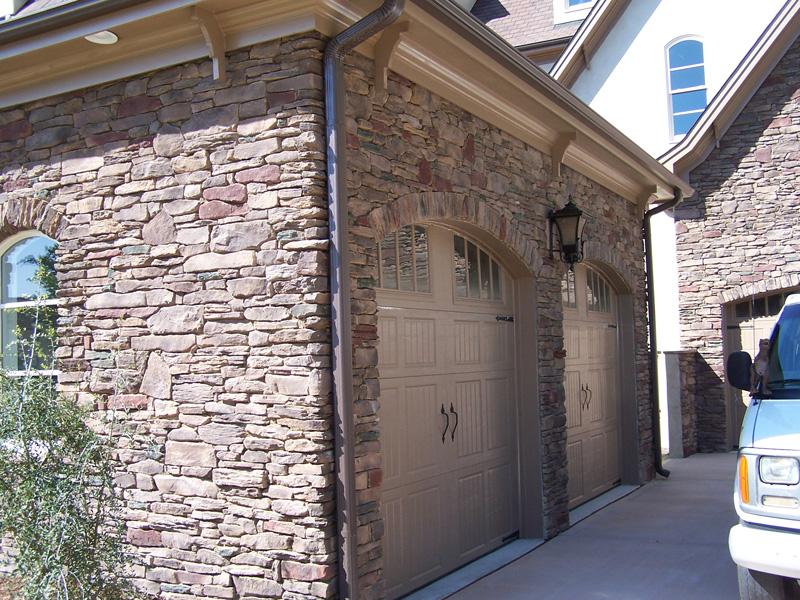 mangum-design-build-concrete-masonry-home-pjl6-5