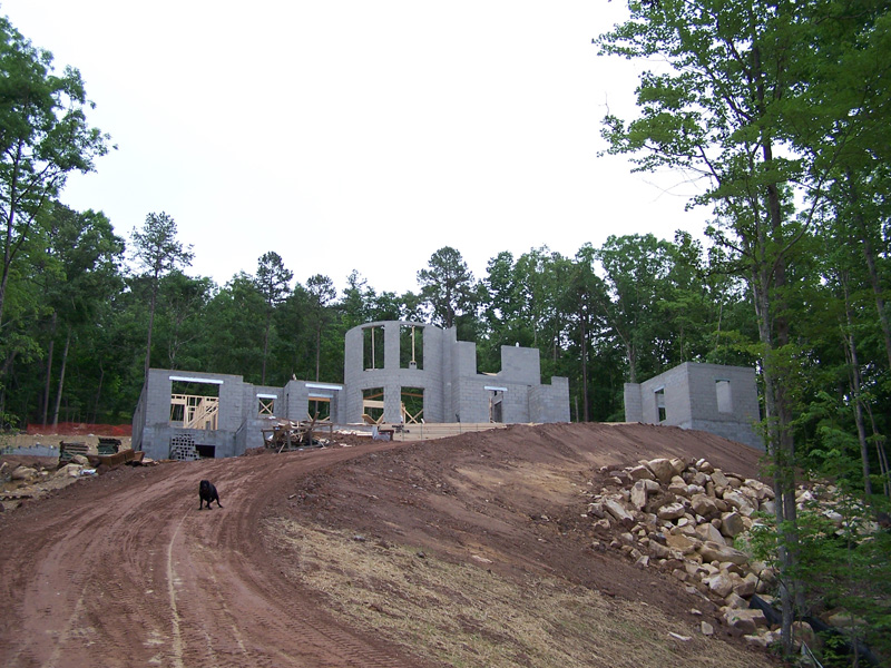 mangum-design-build-concrete-masonry-home-gc1232-01b