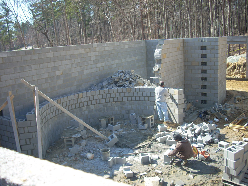 mangum-design-build-concrete-masonry-home-gc1232-41