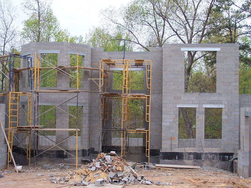 mangum-design-build-concrete-masonry-home-p432-2