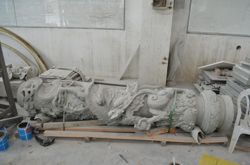 mangum-design-build-marble-statues-14
