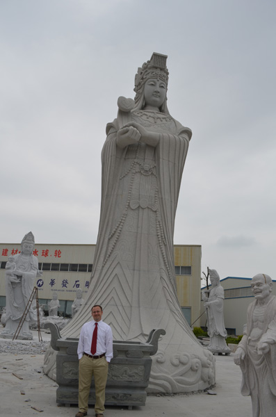 mangum-design-build-marble-statues-20
