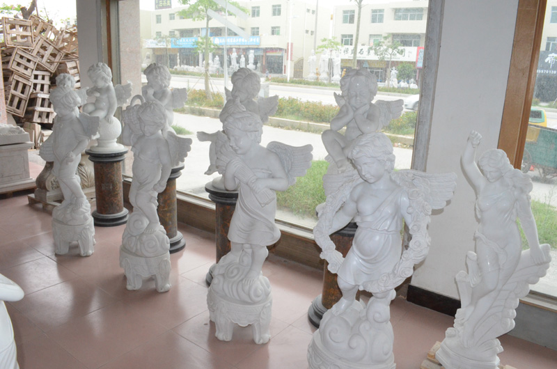 mangum-design-build-marble-statues-25