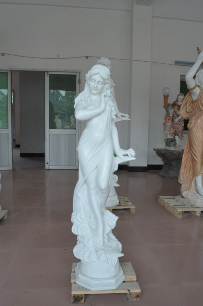 mangum-design-build-marble-statues-29