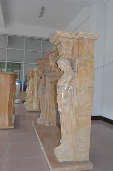 mangum-design-build-marble-statues-32